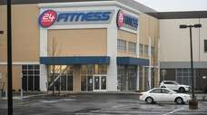 The new 24 Hour Fitness at Huntington Square