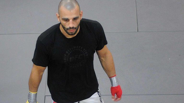 UFC fighter Costa Philippou prepares to spar during