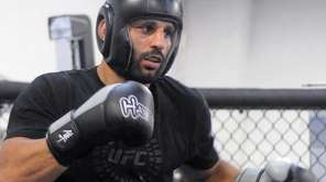 UFC fighter Costa Philippou prepares to spar during