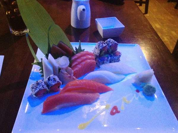 The sushi & sashimi lunch combo at Taku