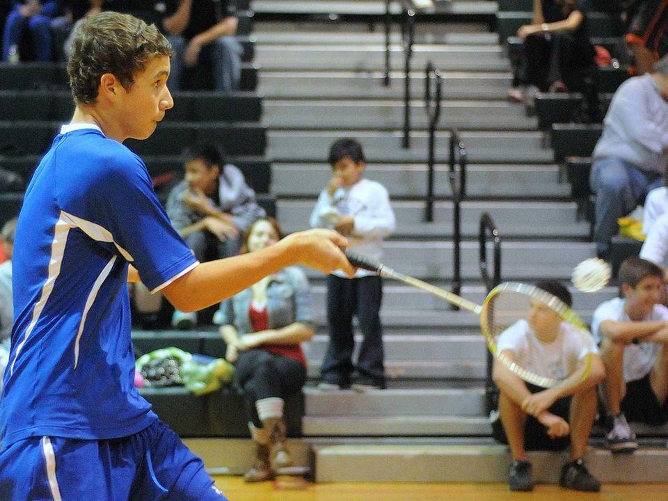 Long Beach High School sophomore Justin Barry makes
