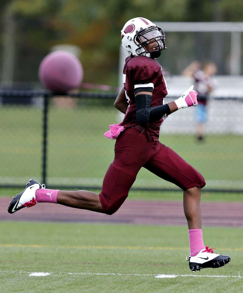 Bay Shore's Jaquan Moore takes the opening kickoff