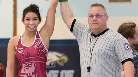Bay Shore's Gabby Baker defeated Connetquot's Ashley Lehecka