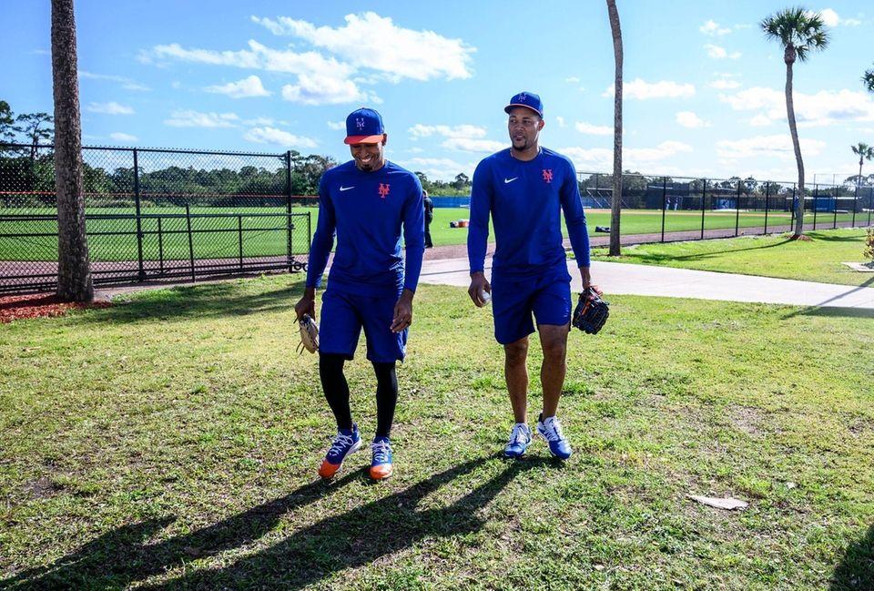 NY Mets pitchers Edwin Diaz (left) and Jeurys
