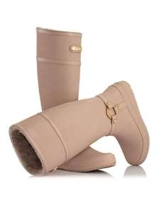 MoovCulture's new line of fashionable rain boots includes