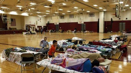 A few dozen people take refuge from Hurricane
