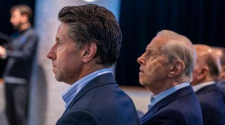 Mets COO Jeff Wilpon and co-owner Fred Wilpon
