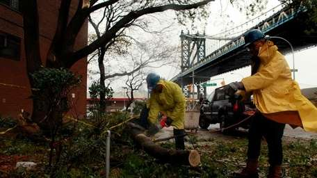 Works help clean up New York City after