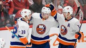 The Islanders defeated the Washington Capitals on Monday,