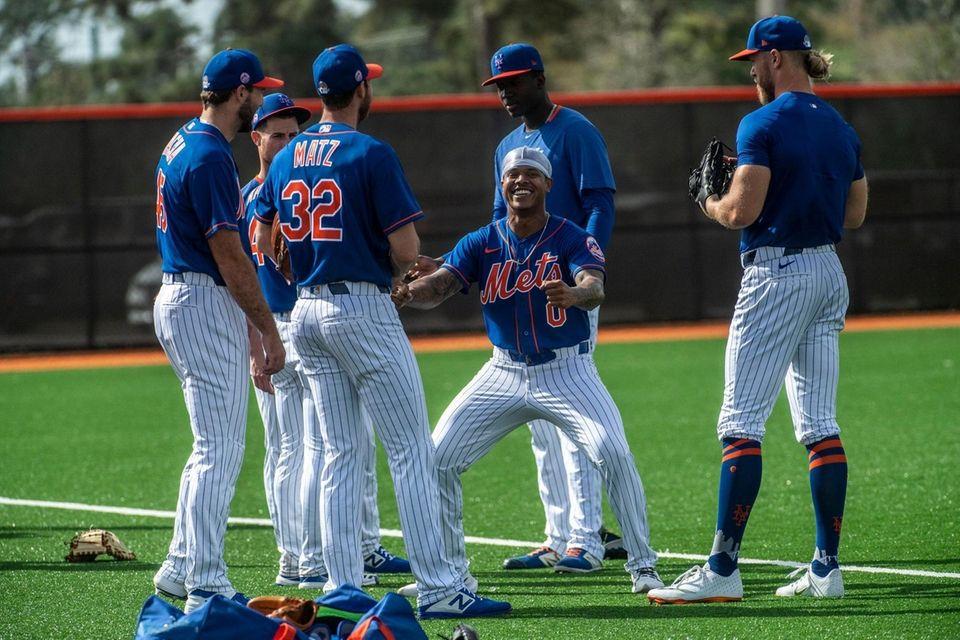 New York Mets pitcher Marcus Stroman joking around
