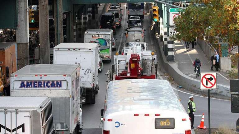 A view of the traffic over the Queensboro