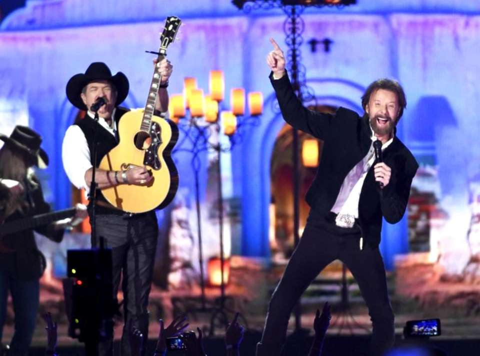 Members of the Country Music Hall of Fame,