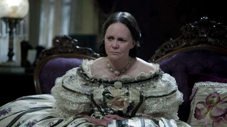 Sally Field stars as First Lady Mary Todd