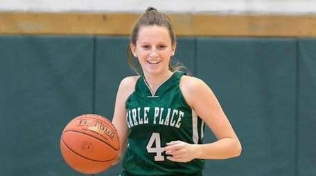 Sophomore Amanda Leary averages 13.4 points per game