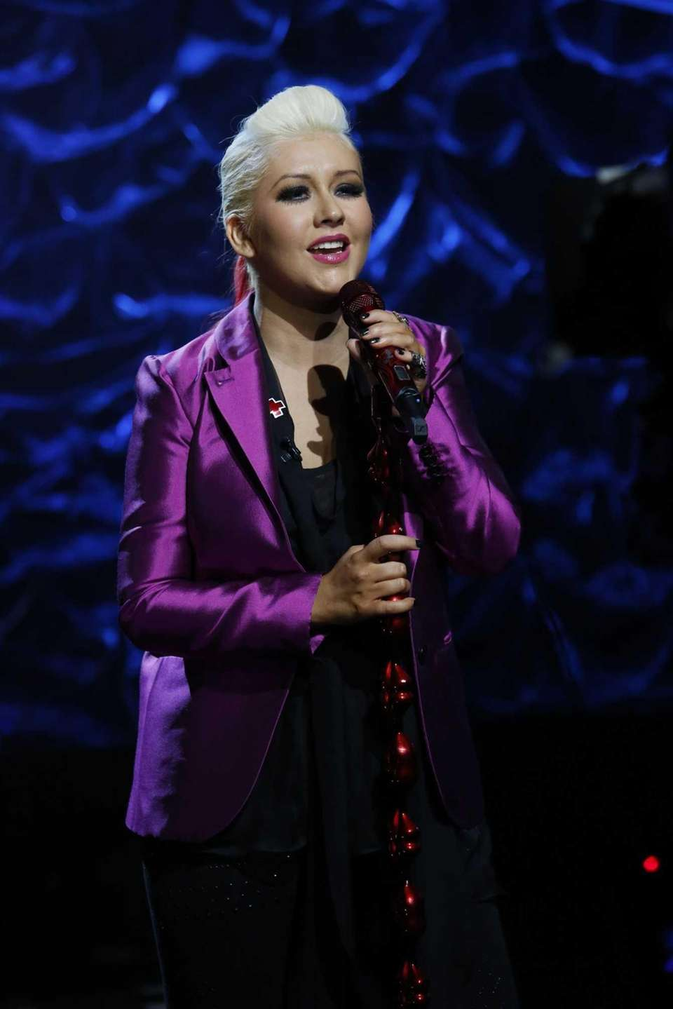 Christina Aguilera, a Staten Island native, performs during