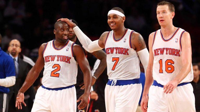 Raymond Felton, Carmelo Anthony and Steve Novak celebrate