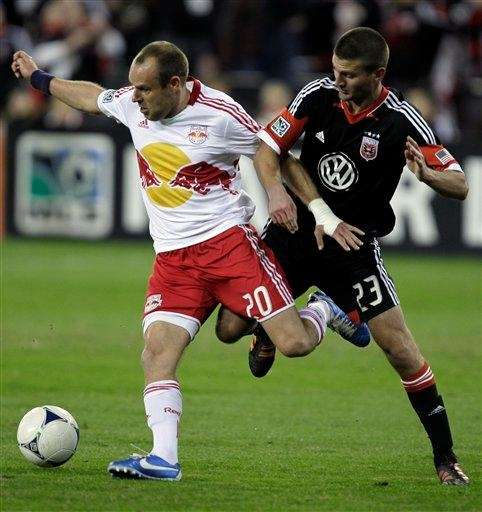 New York Red Bulls Joel Lindpere (20) and