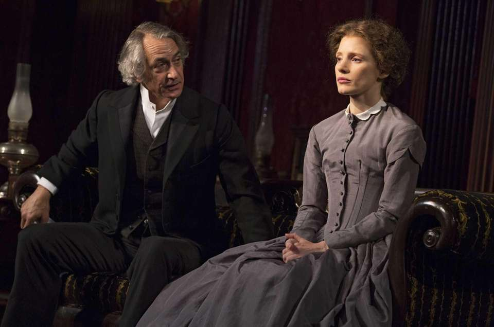 David Strathairn and Jessica Chastain played Catherine Sloper