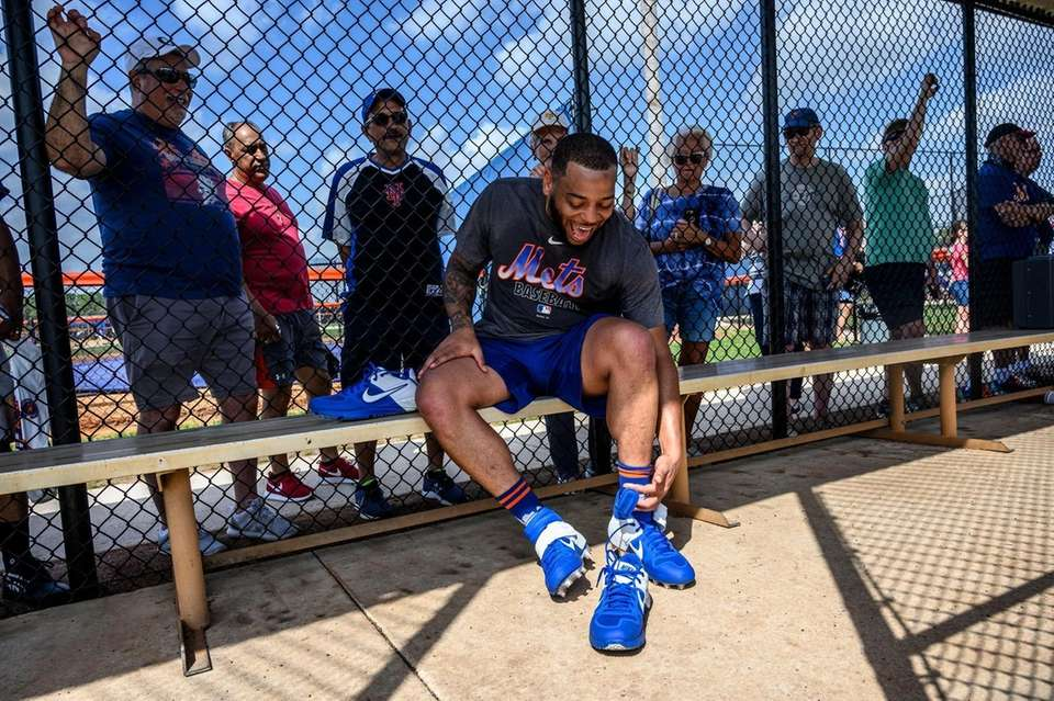New York Mets infielder Dominic Smith shares a