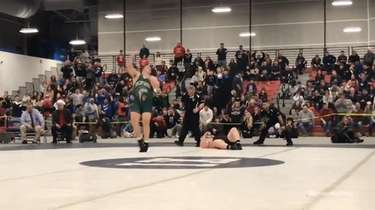 Brentwood's London Castillo won via pin at 5:35