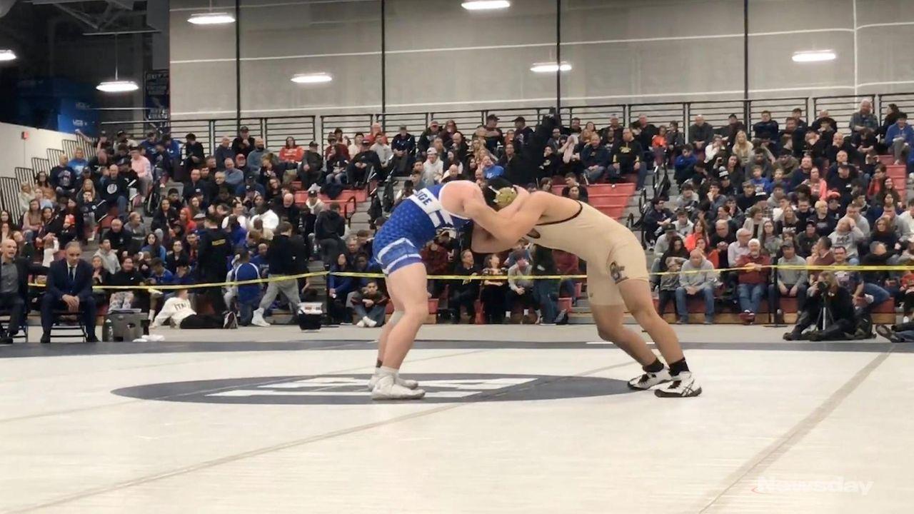 Sayville's Joe Lopresti won via a 5-3 decision