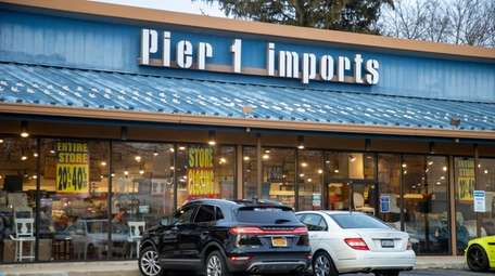 The Huntington Station Pier 1 Imports is on