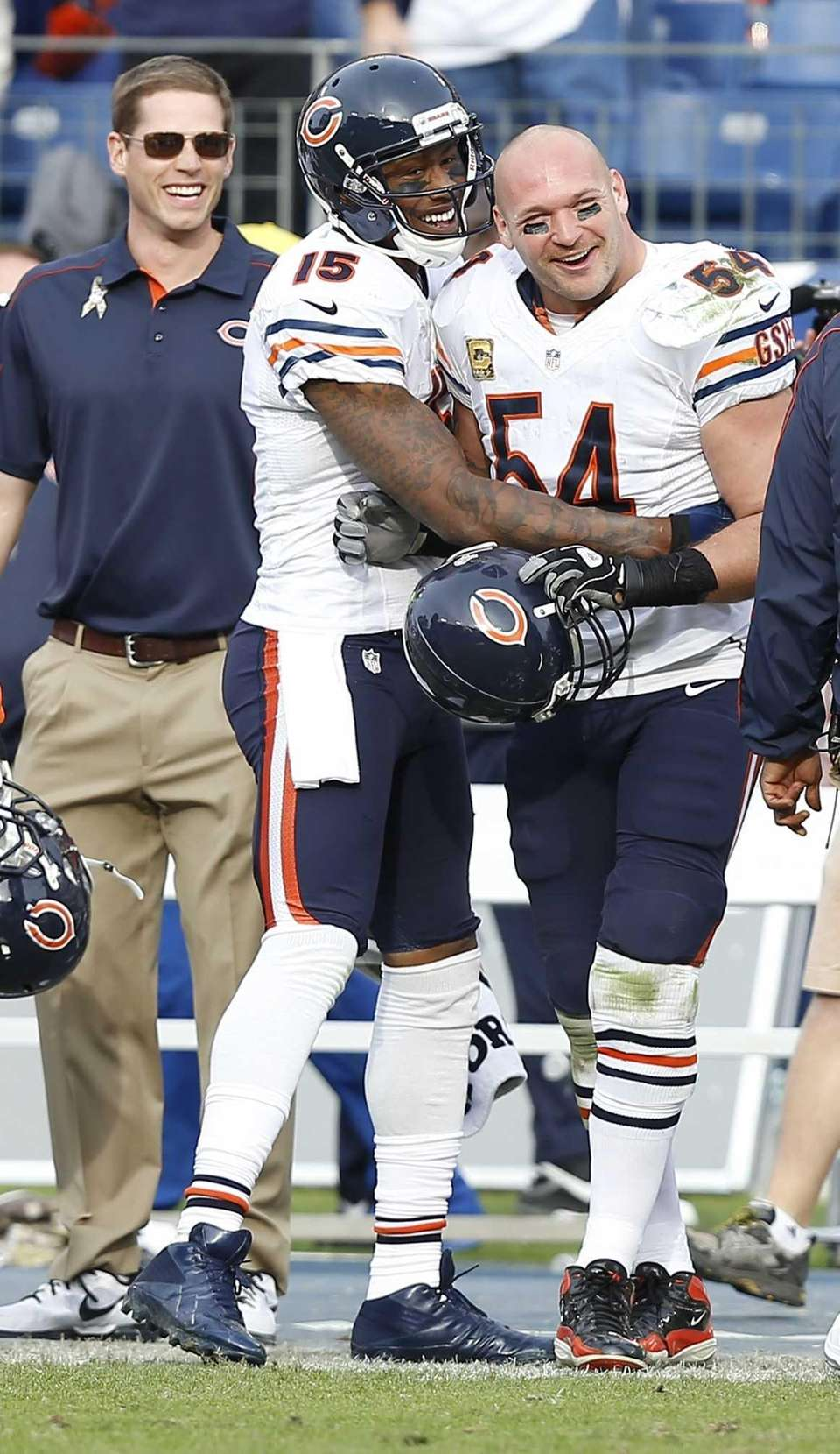 Chicago Bears wide receiver Brandon Marshall (15) and