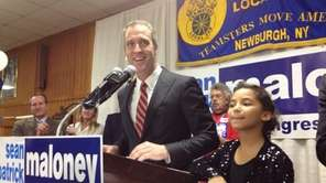 Sean Patrick Maloney speaks to supporters as he