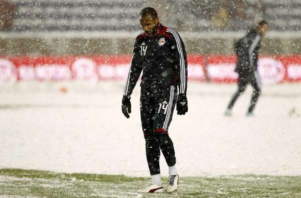 Thierry Henry warms up before the Eastern Conference
