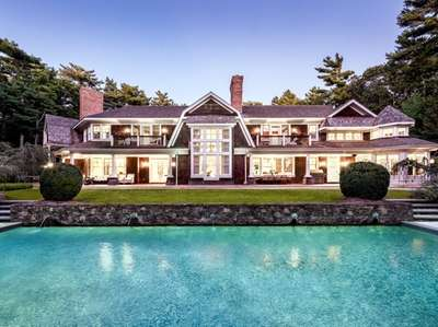 This East Hampton home can be rented for