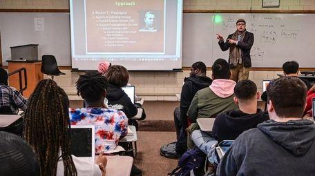 Assistant Professor Zebulon Miletsky teaches a class at