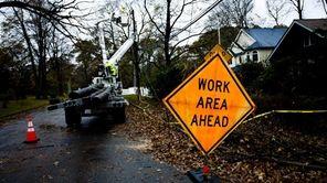 LIPA crews work to restore power in St.