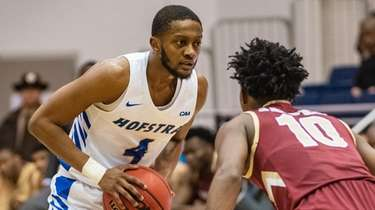 Hofstra guard Desure Buie led the Pride with