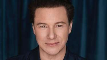 Chef Rocco DiSpirito will talk about his book