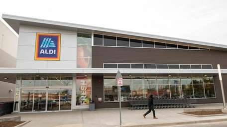 The Aldi at Green Acres Mall in Valley