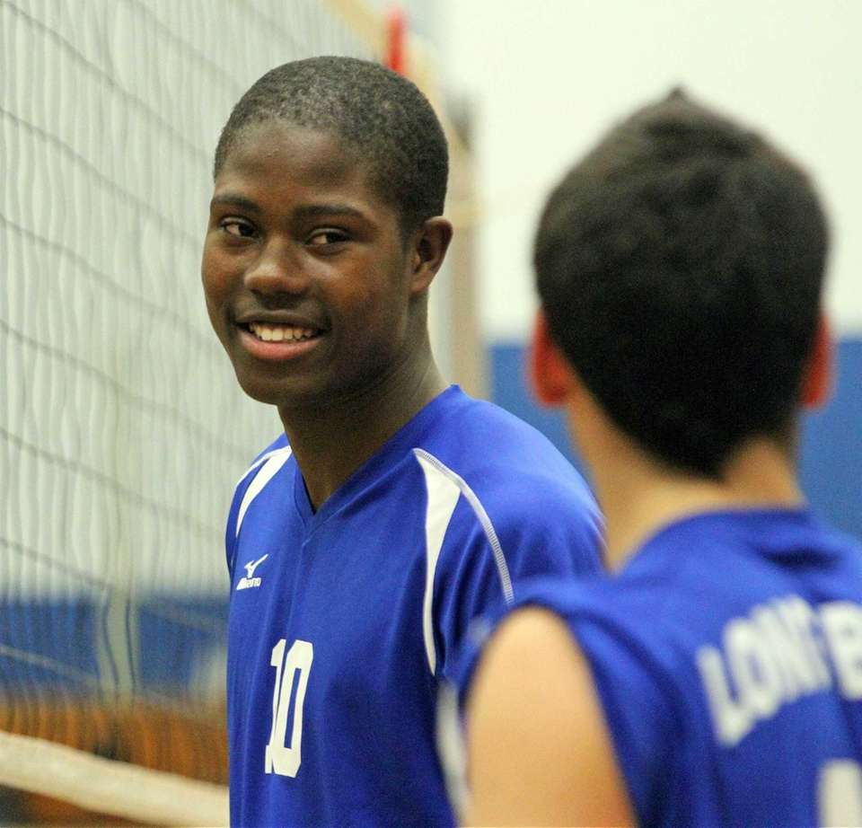Long Beach's Tyquan Scott looks on during a