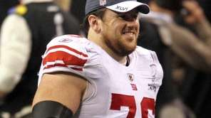 The Giants' Chris Snee celebrates on the field