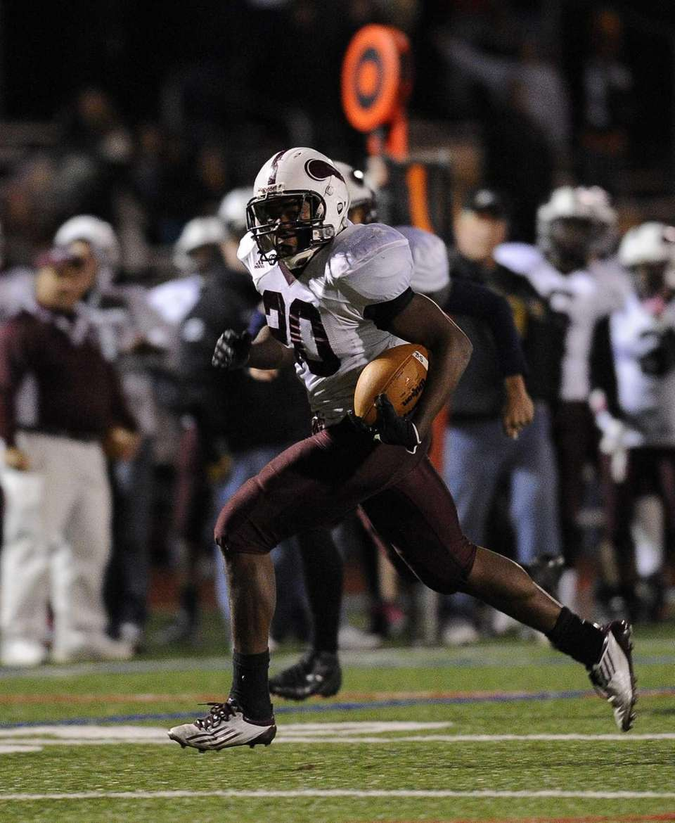 Bay Shore's Matthias Eato rushes for a second-half