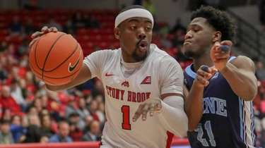 Stony Brook guard Makale Foreman drives on the