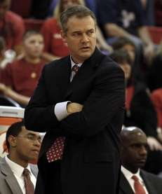 Stony Brook men's basketball head coach Steve Pikiell
