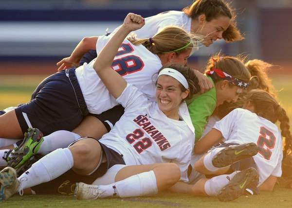 Cold Spring Harbor's Teressa Fazio and teammates celebrate