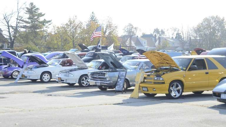 Long Island Car Shows >> Long Island Classic Car Shows Offer Something For Everyone Newsday