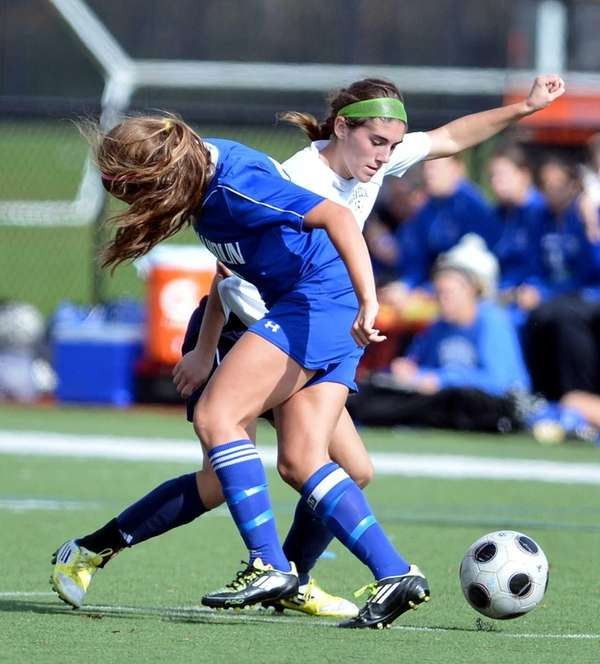 Calhoun's Michelle Iacono and Massapequa's Alyssa Iannuzzi during