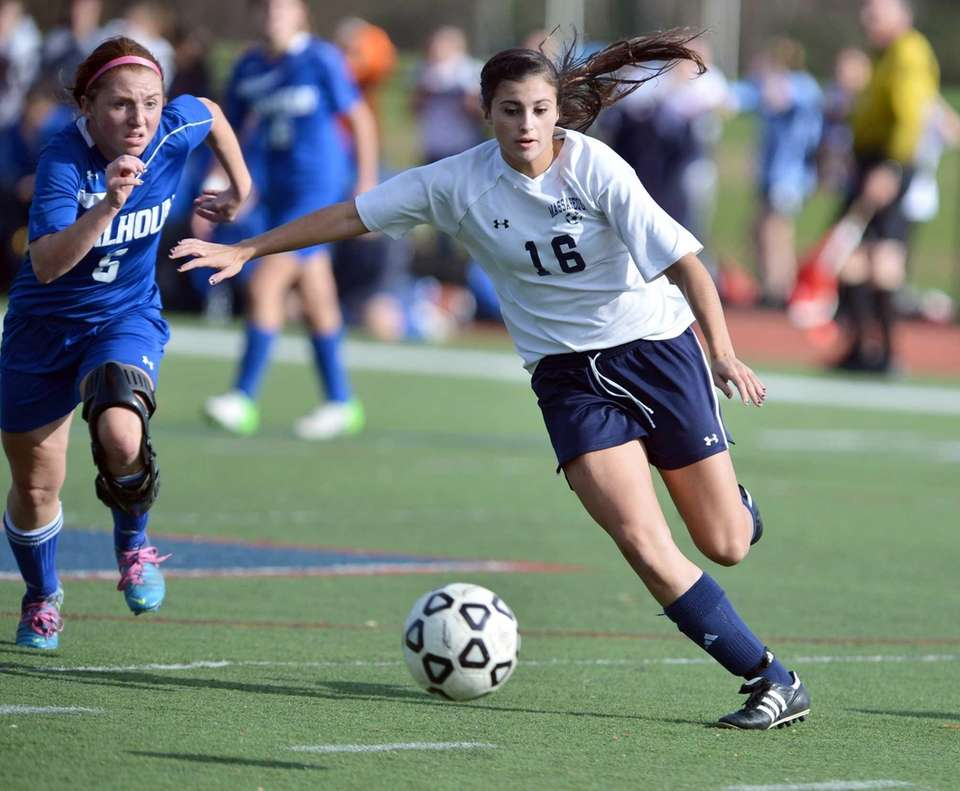 Calhoun's Jessica Foley and Massapequa's Amanda Garrity during