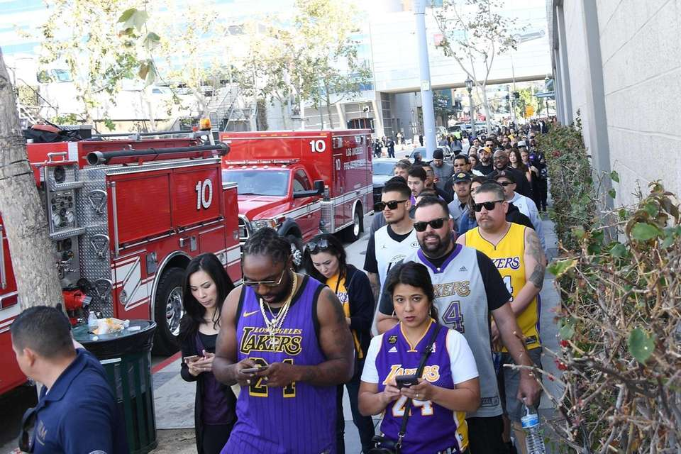 LOS ANGELES, CALIFORNIA - FEBRUARY 24: Fans arrive