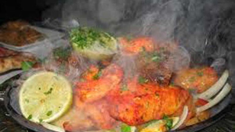 Chicken tandoori at Delhi 6 in Hicksville.