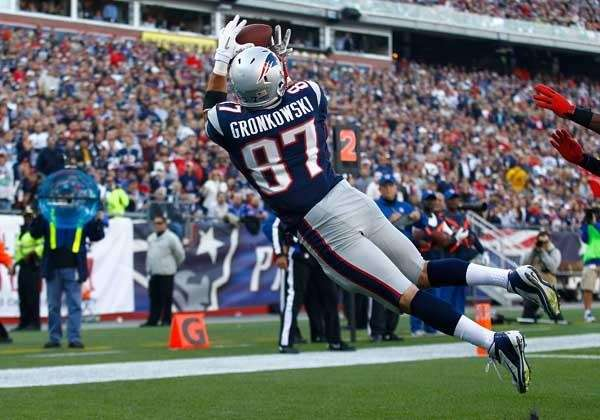 Rob Gronkowski #87 of the New England Patriots