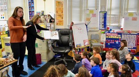 Lynbrook Kindergarten Center students received a visit last