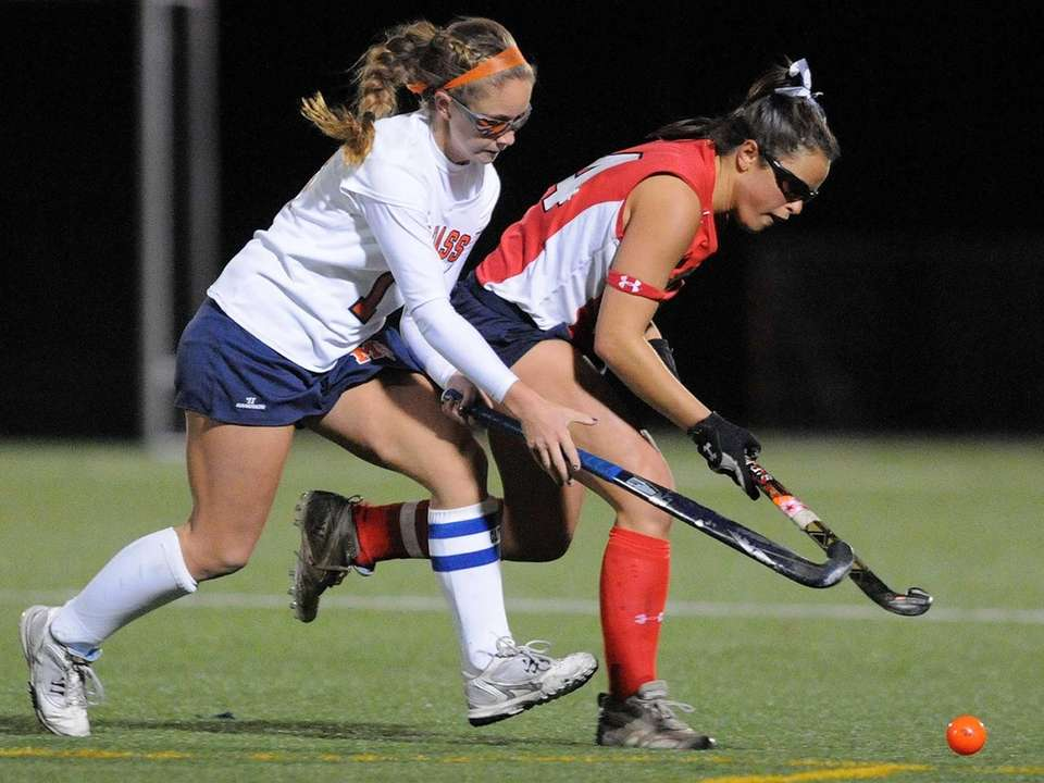 Manhasset's Madison Molinari, left, and Miller Place's Tiana