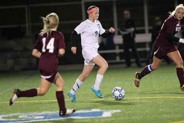 Smithtown Christian's Gennifer Vandeventer moves the ball upfield
